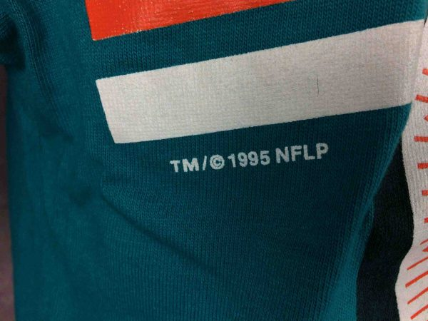 IMG 0542 compressed scaled - MIAMI DOLPHINS T-Shirt Vintage 90s 1995 NFLP