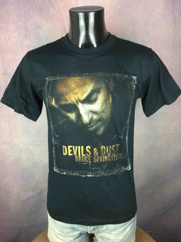 Bruce Springsteen T Shirt Devils 2005 Tour Gabba Vintage 2 scaled - BRUCE SPRINGSTEEN T-Shirt Devils Dust Tour 05