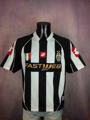 Maillot JUVENTUS, saison 2002 2003, versionHome, de marque Lotto, Véritable vintage années 00s,Italy Serie A Calcio Jersey Camiseta Trikot Football