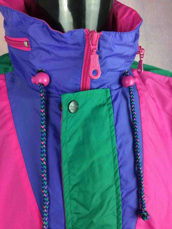 RODEO Rain Jacket Veste Nylon Vintage 90s Gabba Vintage 6 scaled - RODEO Veste Impermeable Vintage 90s Nylon