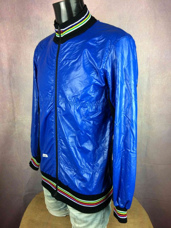 DECATHLON Veste Vintage 80s Made in France Gabba Vintage 3 scaled - DECATHLON Veste Vintage 80s Made in France
