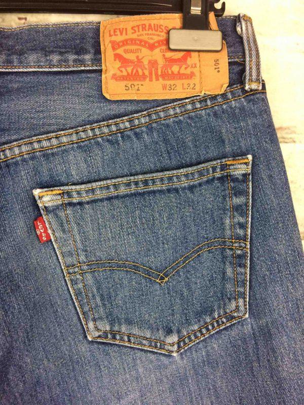 LEVI STRAUSS 501 Vintage W32 L32 Mid Blue Gabba Vintage 7 scaled - LEVI STRAUSS 501 Vintage W32 L32 Mid Blue 3