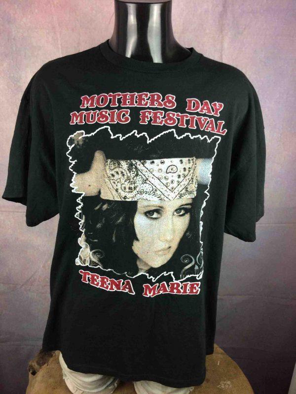 2 Tshirt in 1 BON JOVI Tour 2010 Teena Marie Gabba Vintage 1 scaled - 2 T-Shirt 1 BON JOVI Tour 2010 Teena Marie