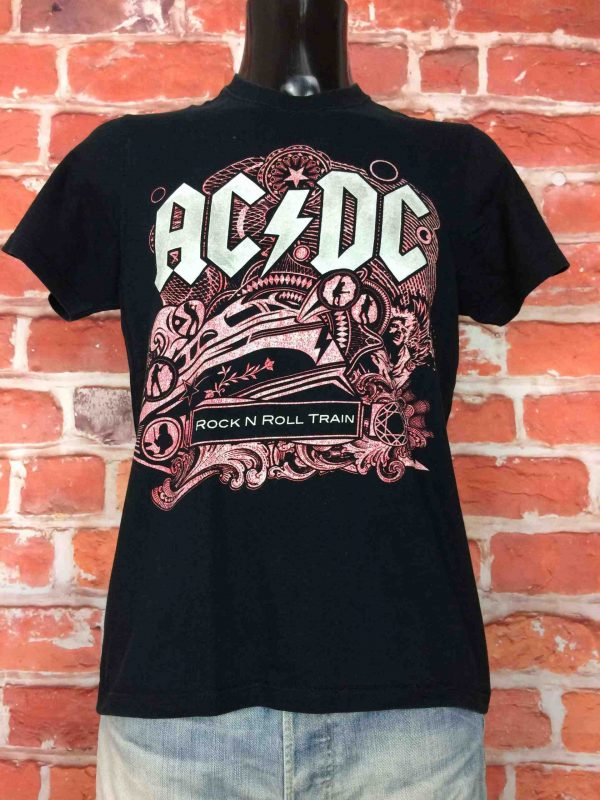 T-Shirt  AC/DC, édition Black Ice Tour Rock N Roll Train 2009, double face avec liste des dates, Official License, marque Starworld,  Concert