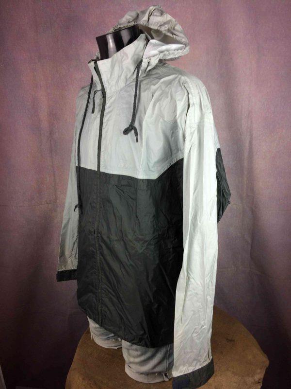ADIDAS Rain Jacket Windproof Vintage 2001 Gabba Vintage 2 scaled - ADIDAS Rain Jacket Windproof Vintage 2001