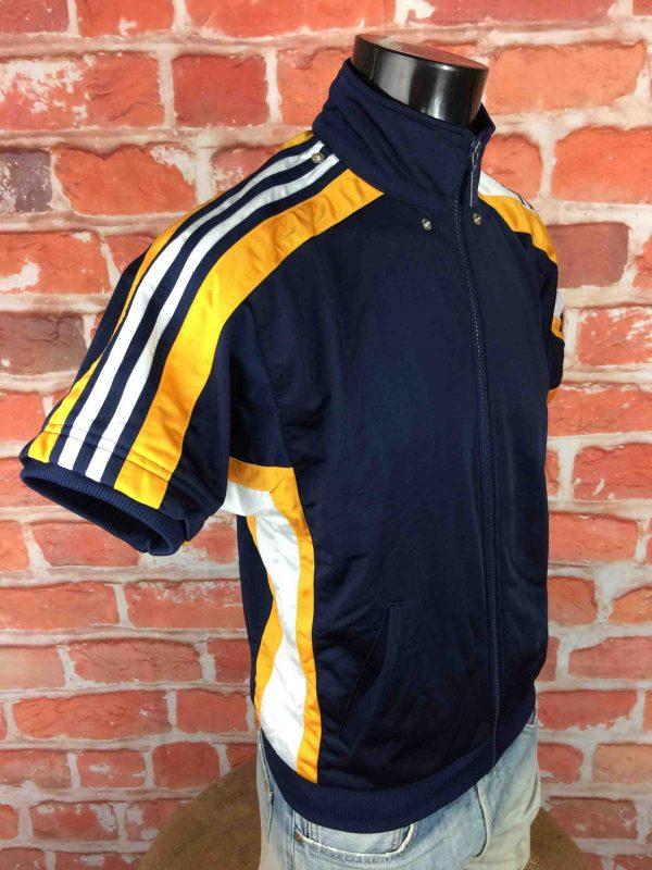 ADIDAS Veste Short Sleeves Vintage 90s Bleu Gabba Vintage 5 scaled - ADIDAS Veste Vintage Années 90 Basketball