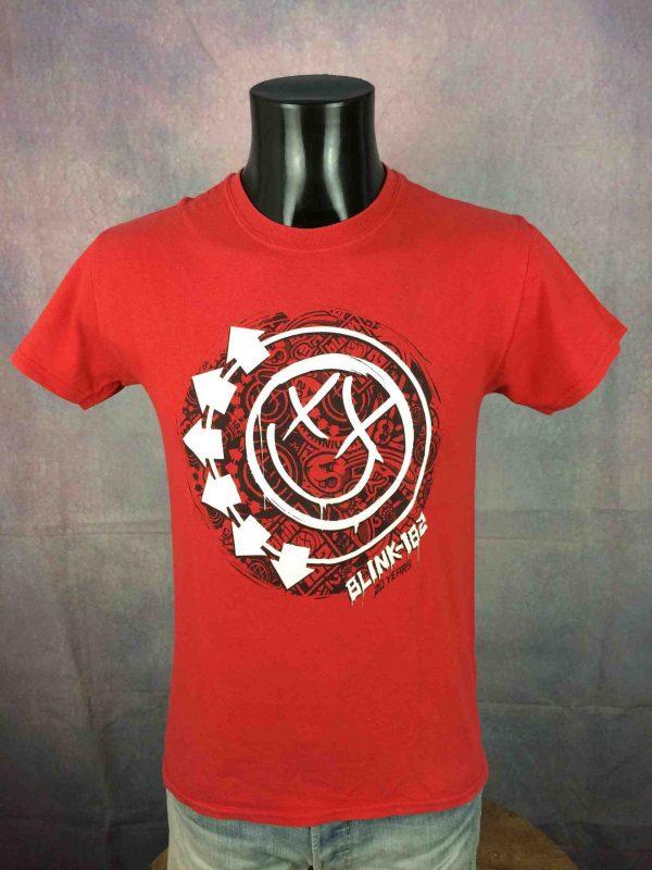 T-Shirt BLINK 182, édition Tour 2012 20 Years Anniversary, double face avec liste des dates au dos, marque Gildan, Concert Dates Festival Rock Punk