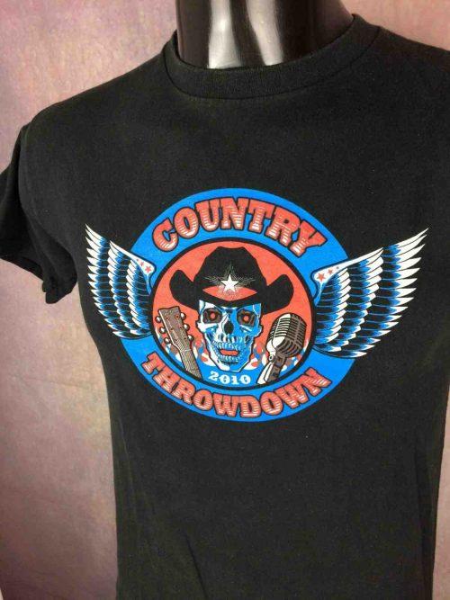 T-Shirt COUNTRY THROWDOWN, édition 2010 US Tour , double face avec visuel différent au dos, marque Delta,Concert Live Festival Montgomery Gentry