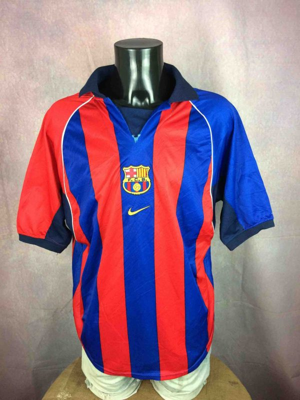 Maillot BARCELONE FC, Saison 2001 2002, Version Home, NO NIKE Replica, Véritable vintage années 00, Jersey Trikot Camiseta Barca FCB Ligua LFP Football