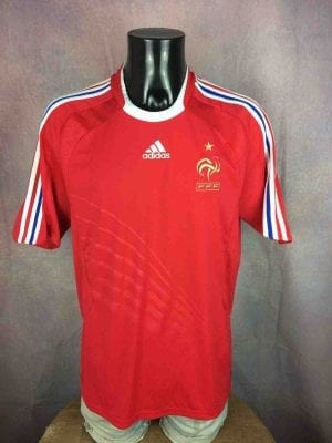 Maillot FRANCE, saison 2008 2009, version Away, réalisé par Adidas et daté du 03/08, avec technologies ClimaCool, Euro Cup FFF Jersey Camiseta Trikot Football