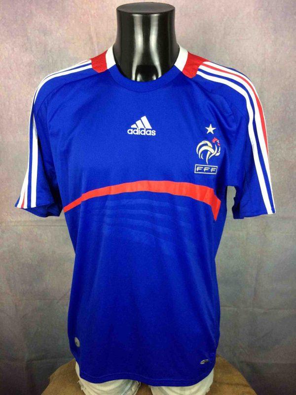 Maillot FRANCE, saison 2007 2008, version Home, réalisé par Adidas et daté du 11/07, avec technologies ClimaCool et Clima365, Euro Cup FFF Jersey Camiseta Trikot Football