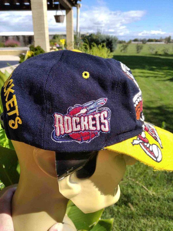 HOUSTON ROCKETS Taz Bugs Casquette 90s NBA Gabba Vintage 6 scaled - HOUSTON ROCKETS Taz Bugs Casquette 90s NBA