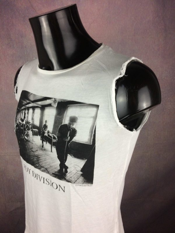 JOY DIVISION T Shirt Official Repetition Gabba Vintage 3 scaled - JOY DIVISION T-Shirt Official Cut-Off
