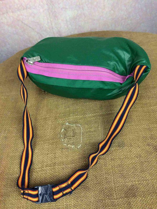 K WAY Rain Jacket Vintage 90s Made in CEE Gabba Vintage 2 scaled - K-WAY Veste Impermeable Vintage 90s Nylon