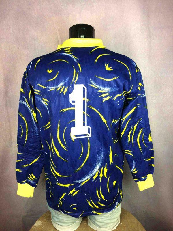 LE ROC Jersey Vintage 90s Goalkeeper 1 Gabba Vintage 4 scaled - Maillot Goal Le Roc Vintage Année 90 Porté #1
