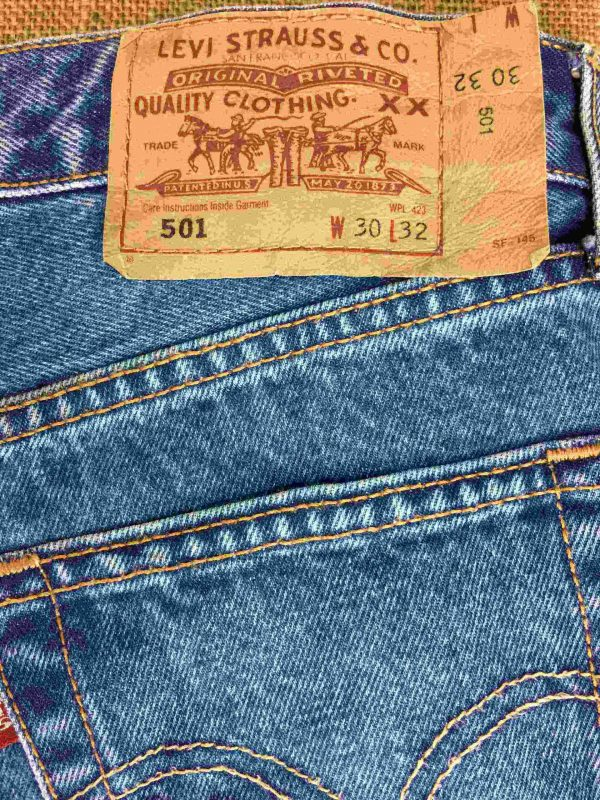 LEVI STRAUSS 501 Ourlet Light VTG W30 L32 14 Gabba Vintage 2 scaled - LEVIS 501 Light Blue Vintage W30 L32 14