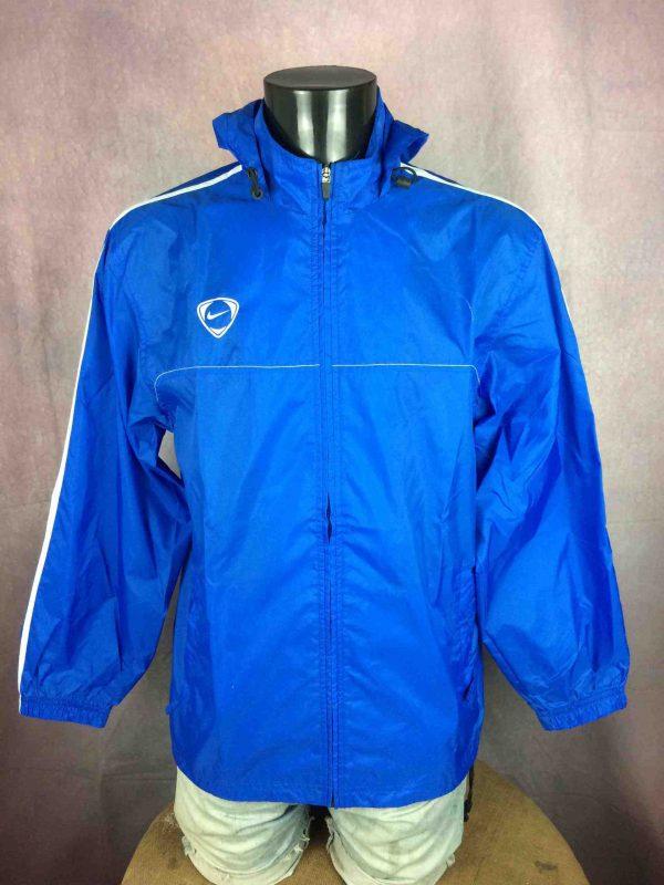 MONTPELLIER HERAULT SC Rain Jacket Nike L1 Gabba Vintage 1 scaled - NIKE Veste Entrainement Montpellier Herault