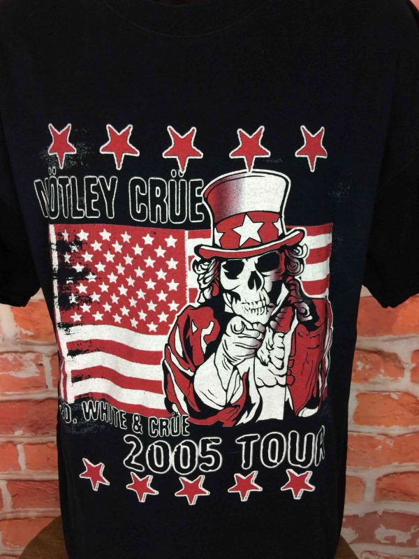 MOTLEY CRUE T Shirt Red White Crue Tour 2005 Gabba Vintage 3 scaled - MOTLEY CRUE T-Shirt Red White Crue Tour 2005