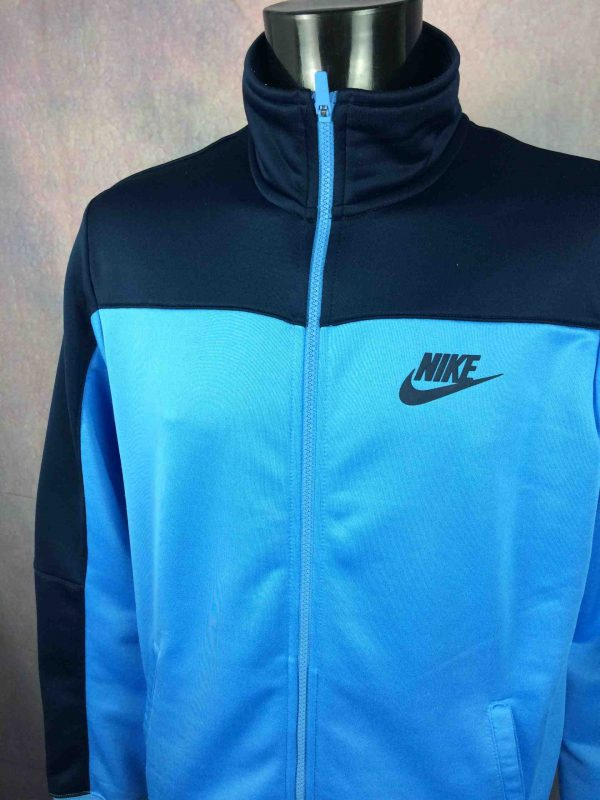 NIKE Jacket Vintage 90s Made in Indonesia Gabba Vintage 2 scaled - NIKE Veste Vintage 90s Made in Indonesia