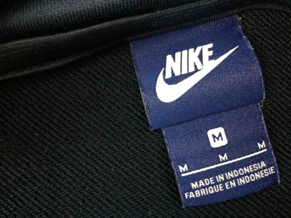 NIKE Jacket Vintage 90s Made in Indonesia Gabba Vintage 7 scaled - NIKE Veste Vintage 90s Made in Indonesia