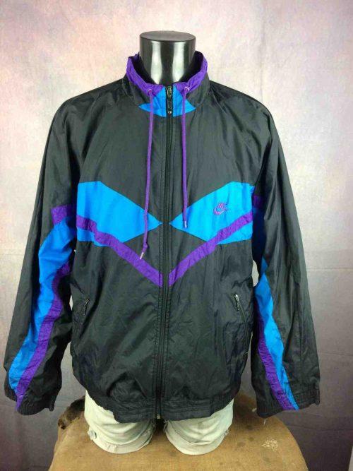Veste Windbreaker NIKE , Vintage Années 90, Made in Indonesia, Taille XL, Couleur noir, violet, bleu, Intérieur doublé, Etiquette Grise et rouge,Coupe-Vent Sports Homme