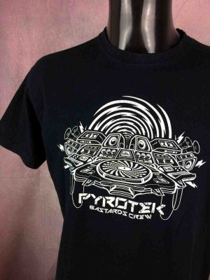 PYROTEK BASTARDS CREW T Shirt Techno Underground Mix Hardtek Live Tribe Electro Gabba Vintage 1 scaled - PYROTEK BASTARDS CREW T-Shirt Techno Hardtek