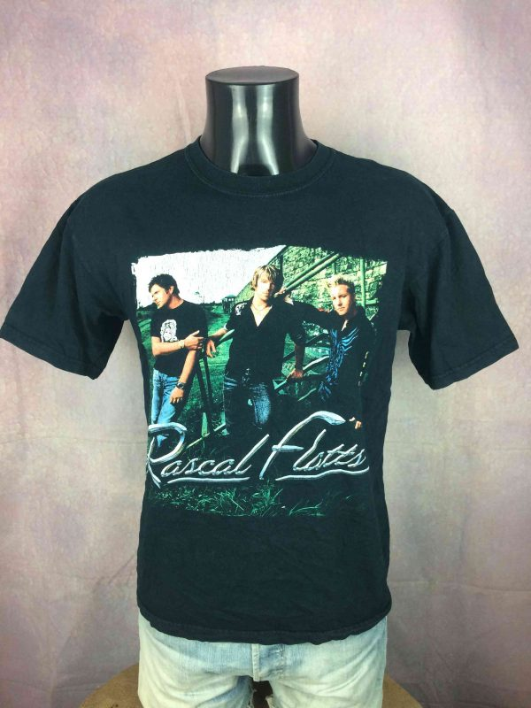 RASCAL FLATTS T Shirt Heres To You Tour 2005 Gabba Vintage 1 scaled - RASCAL FLATTS T-Shirt Heres To You Tour 2005