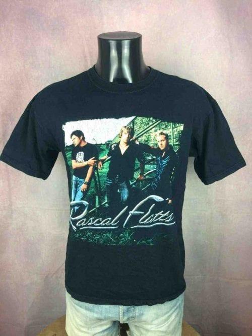 T-Shirt RASCAL FLATTS, édition Here's To You Tour 2005 , double face avec liste des dates, Official License, marque Gildan, Véritable vintage 00s, Concert