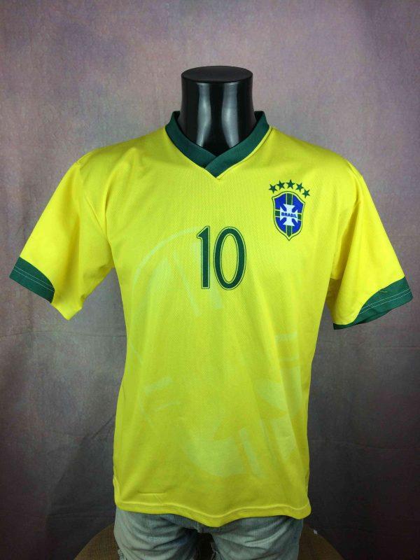 RONALDINHO Jersey 10 VTG 00s Brazil Replica Gabba Vintage 2 scaled - RONALDINHO Jersey #10 VTG 00s Brazil Replica