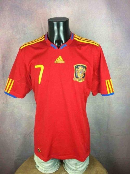 Maillot Espagne, saison 2010 - 2011, version Home, FloquéDavid Villa #7, réalisé par Adidas et daté du 09/09, Technologie ClimaCool, Jersey Spain World Cup Football Homme