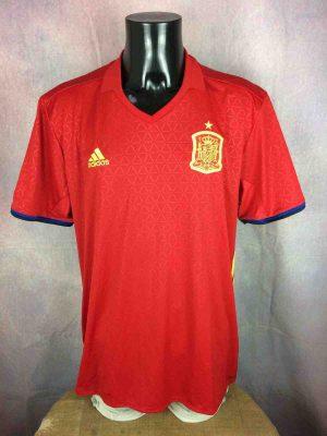Maillot Espagne, saison 2015 - 2017, version Home, réalisé par Adidas et daté du 07/15, avec technologie ClimaCool, Spain Euro Cup Jersey Camiseta Trikot Football