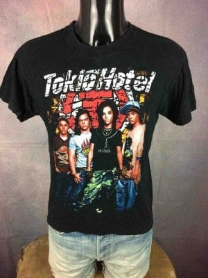 T-Shirt TOKIO HOTEL, édition colorisé,  double face avec logo au dos, marque Life, Rock Band Emo Pop Glam Germany