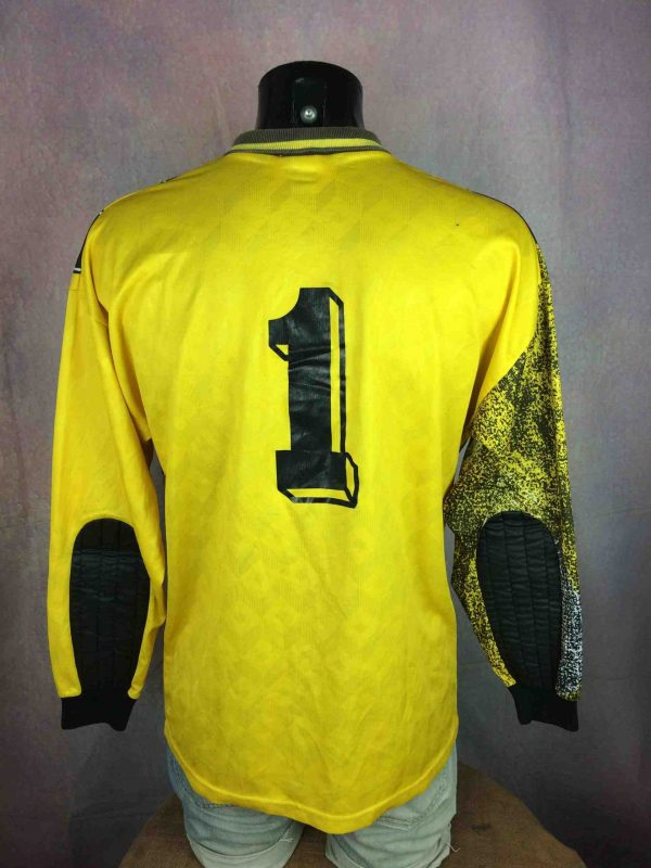 UMBRO Jersey VTG 90s Made in USA Goalkeeper Gabba Vintag 5 scaled - UMBRO Maillot Vintage 90s Made in USA Goal