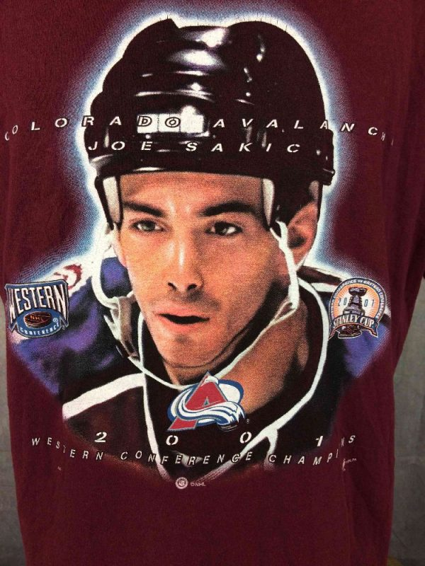 COLORADO AVALANCHE T Shirt Joe Sakic 2001 Gabba Vintage 1 - COLORADO AVALANCHE T-Shirt Joe Sakic 2001