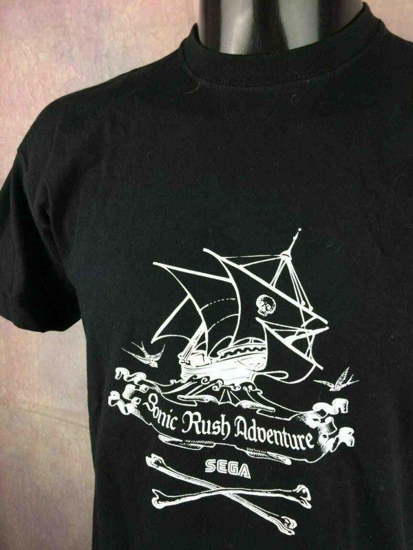 SONIC-RUSH-ADVENTURE-T-Shirt-Vintage-00s-Sega-Gabba..-1.jpg