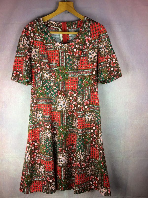 TRICOT LORD Robe Vintage Années 70 France - Gabba Vintage