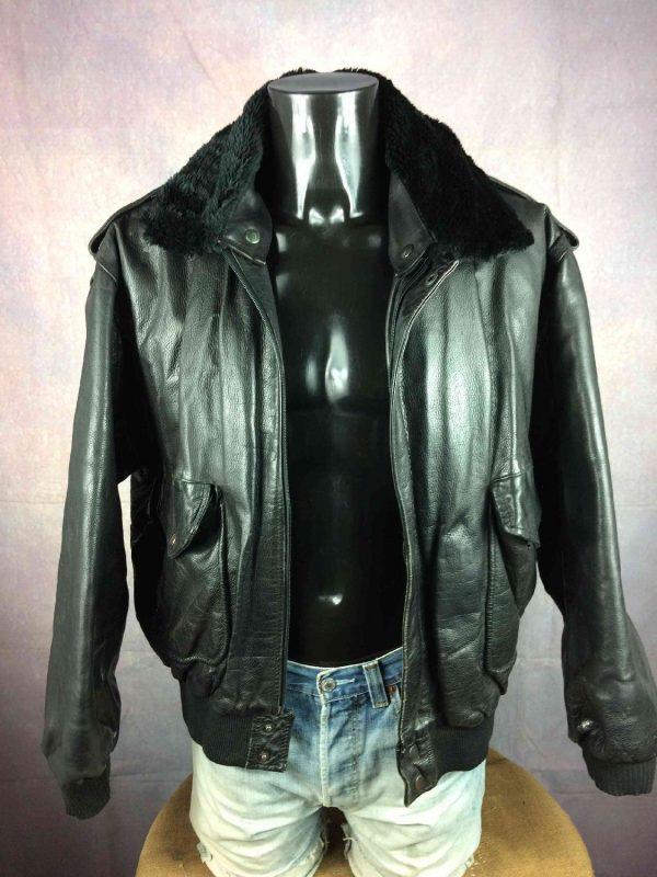 Veste Cuir, de marque Akaso, Intérieur Doublé, Fausse Fourrure Escamotable, Véritable Vintage années 80s, Leather Echtes Rock Unisex Jacket