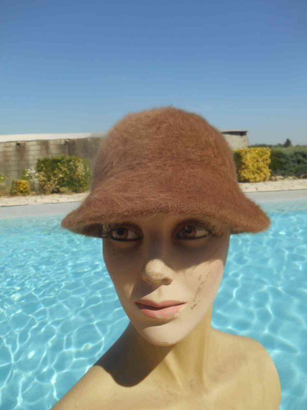 ChapeauCloche Femme, véritable vintage année 70s, Made in France, 45% angora, Top Cap Gorra Hat Old-school