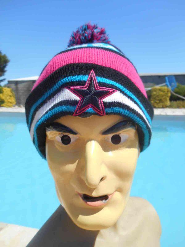 DALLAS COWBOYS Bonnet, marque New Era, Official NFL, 100% acrylic, Pom Pom, Beanie Hat Sport USA Football