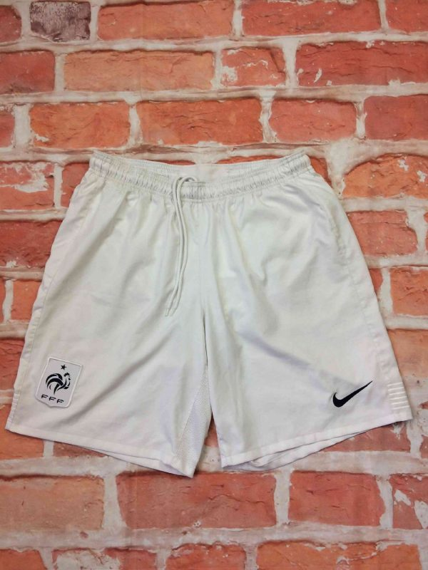 Shorts France, Euro Cup 2012, version Home, de marque Nike technologie Dri Fit, taille élastique et serrage cordon, FFF Team Football Sports