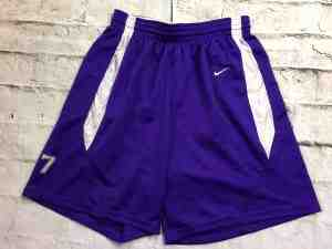 Shorts NIKE Team, avec Red Tag, Vintage 00s, Made in Honduras, floqué N°7, taille élastique et serrage cordon,  Sports Basketball