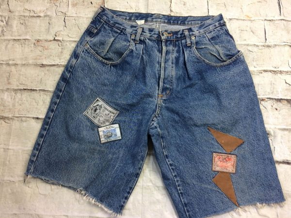 OBER Shorts,vrai vintage Années 90s,Made In France, patchs cousus, cut off jeans coupé, denim washed