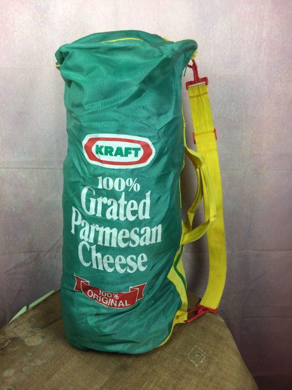 Sac de Sport KRAFT, Inscription 100% Grated Parmesan Cheese 100% Original, Véritable vintage années 90s, Bandoulière réglable et détachable, 2 poignées de transport, Poche zippés sur le côté, Coutures solides et non altérées, USABag