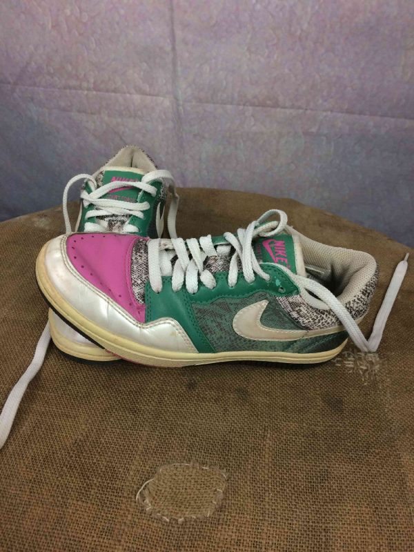 NIKE Sneakers Court Force Low 2008 EUR 375 Gabba Vintage 2 - NIKE Sneakers Court Force Low 2008 EUR: 37,5