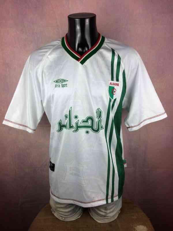 Maillot ALGERIE, Floqué N°16, Saison 1999, Version Home,Marque Cirta Sport, Patch Algérie cousu, Etiquette extérieure Algérie, Football Jersey Trikot Camiseta