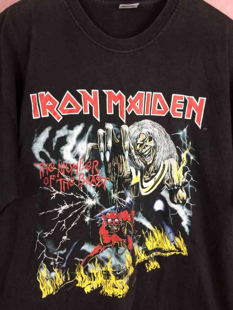 T Shirt IRON MAIDEN The Number Of The Beast Vintage 1982.. 3 - Iron Maiden 1982 édition The number of the beast: le T-shirt vintage du jour