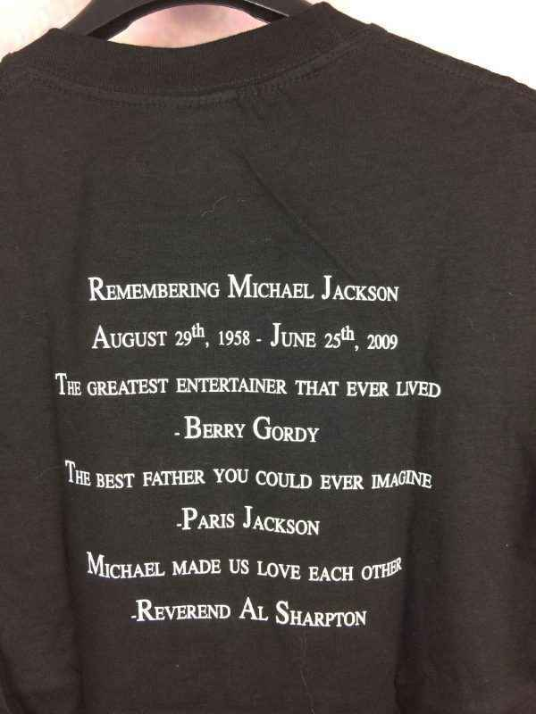 T Shirt MICHAEL JACKSON Official License Annee 2008 2010 Concert History King Of Pop 1 - MICHAEL JACKSON Remembering T Shirt King Of Pop Paillettes
