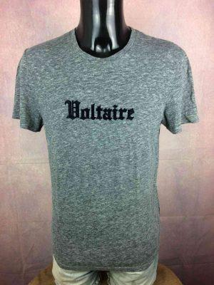 Zadig & Voltaire T Shirt Modèle Ted Voltaire, Gothic, Impression Feutrine, Prêt-à-porter de luxe