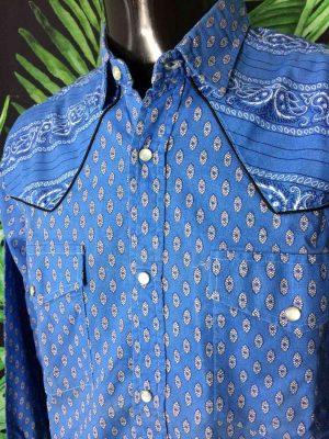 Chemise Provence Vintage, Années 90s, Fermeture par Boutons Nacres, Couleur Bleu avec Empiècements, Gardian Camargue Sud Feria Shirt Homme
