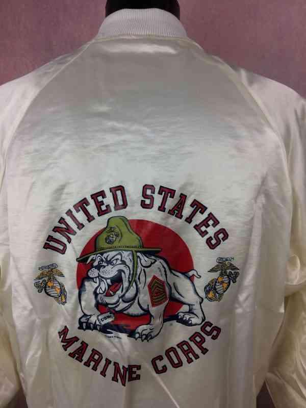 UNITED STATES MARINE CORPS Veste Vintage 1983 Soffe 7 - UNITED STATES MARINE CORPS Veste Vintage 1983 Soffe Jackets Made in USA Nylon Satin Varsity Starter